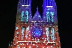 Ostende die Kirche wunderschön beleuchtet